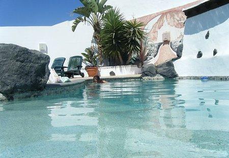 Villa in Tahíche, Lanzarote: pool area