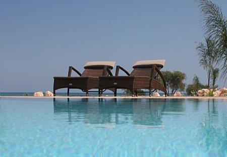 Villa in Potamos, Cyprus: Escape...