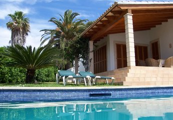 Villa in Cala Anguila-Cala Mendia, Majorca