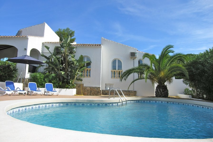 Villa To Rent In Toscal Spain With Private Pool 70194