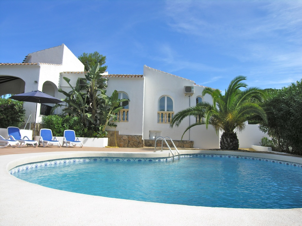 Villa Rental In Costa Blanca With Private Pool