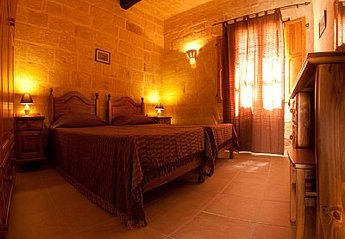 Village House in Rabat, Malta: Bedroom 2