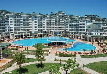 Apartment in Bulgaria, Ravda: Emerald Resort