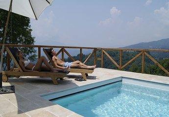 Villa in Coreglia Antelminelli, Italy: pool