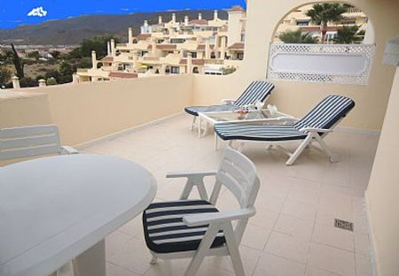 Apartment in Miraverde, Tenerife: Lovely sunny balcony with sea views