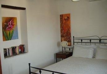 Village House in Tokhni, Cyprus: suite bedroom