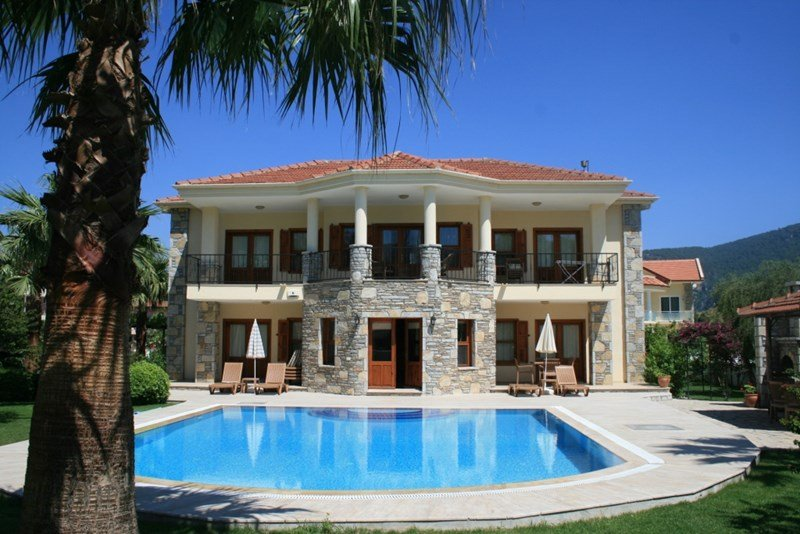 Luxury Villas In Portugal With Private Pool For Sale