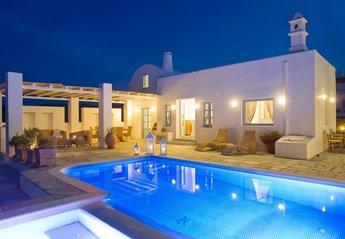 Villa in Vourvoulos, Santorini