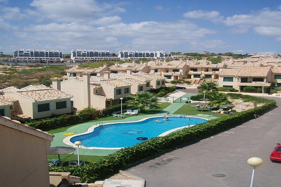 Villa in Spain, Lomas de Campoamor: communal pool