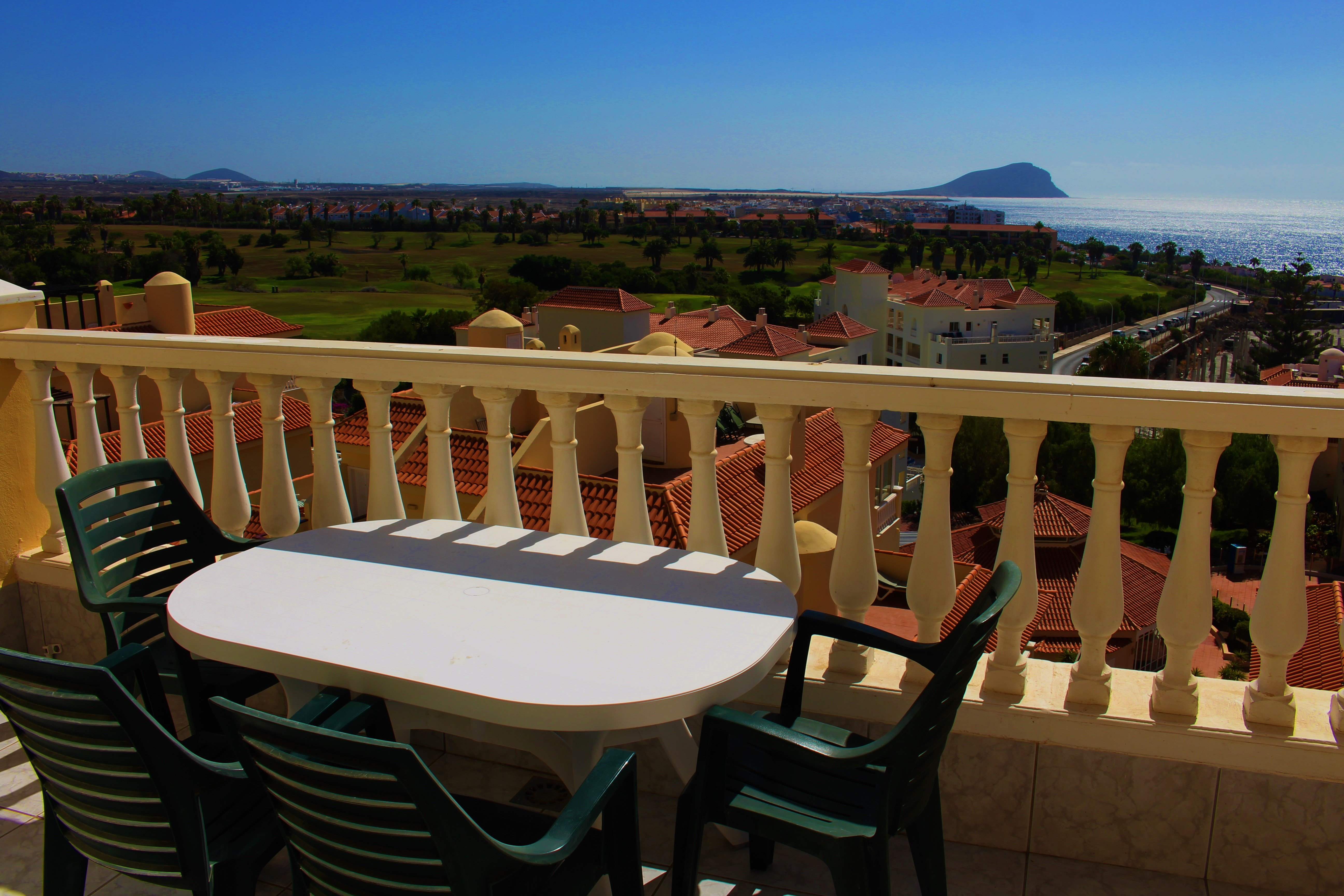 apartment to rent in golf del sur tenerife with shared pool 7845