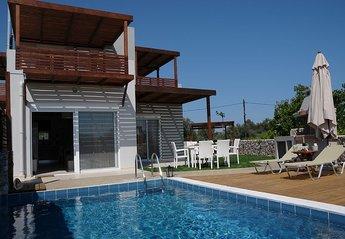 Villa in Haraki, Rhodes: ...and more...........