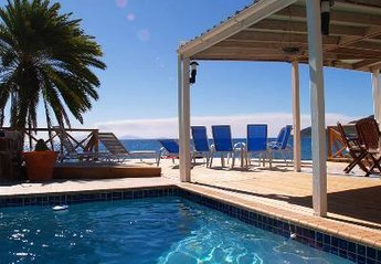 Villa in Falmouth, Antigua and Barbuda: Shell Villa's pool and 'infinity' deck with BBQ are feet f..