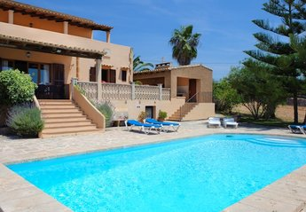 Country House in Cas Concos des Cavaller, Majorca