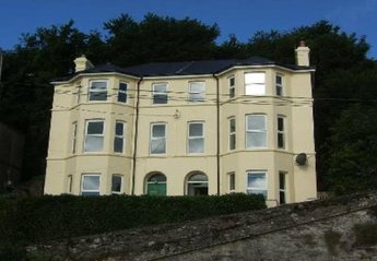 House in Knockaverry, Ireland: Fantastic Victorian Townhouse with sea views