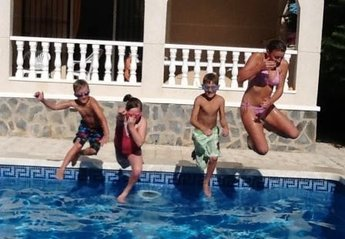 Villa in Ciudad de las Comunicaciones, Spain: Pool Fun