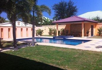 Villa in Khao Takiab, Thailand: Garden View 2