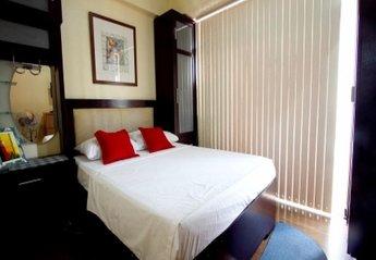 Apartment in Philippines, Metro Manila: Bedroom