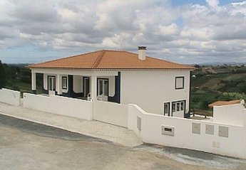 Villa in Fanadia, Portugal: Exterior