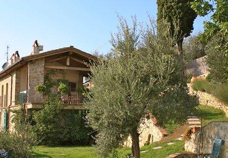 Villa in Montemagno, Italy