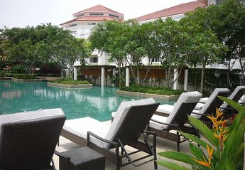Apartment in Penang, Malaysia: Pool - Peace and tranquility