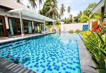 Villa in Ban Tai, Koh Samui: The Pool
