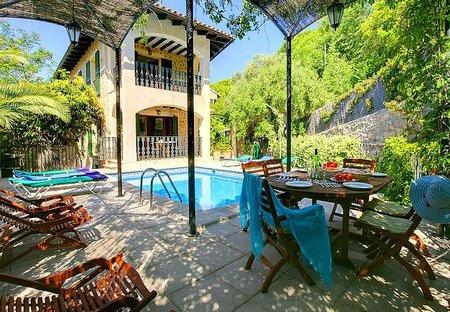 Villa in Valldemossa, Majorca: private pool