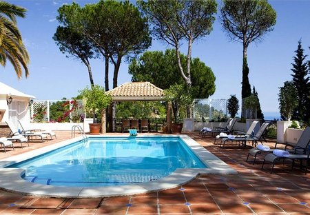 Villa in El Madroñal, Spain: Pool Area