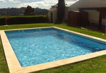 Village House in São Gregório da Fanadia, Portugal: Pool & Garden