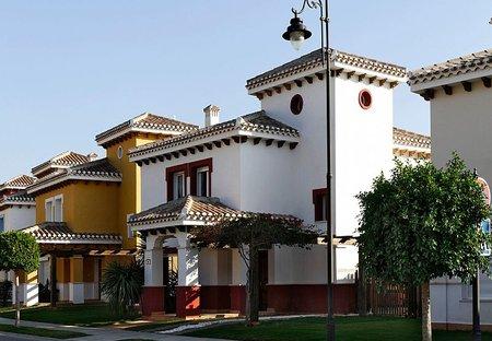 Villa in Mar Menor Golf Resort, Spain: Front of villa