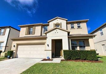 Villa in Windwood Bay, Florida