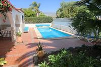 Villa in Amarilla Golf, Tenerife: Lovely sunny and spacious pool area
